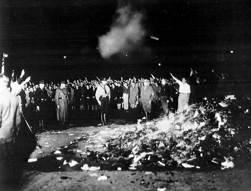 Bokbål, maj 1933