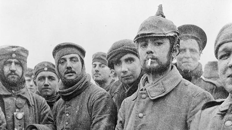 Julfreden 1914: Brittiska och tyska soldater tillsammans