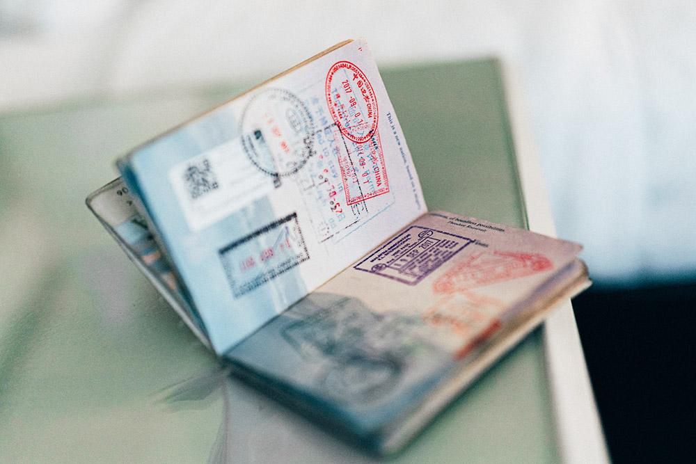 Pass med stämplar