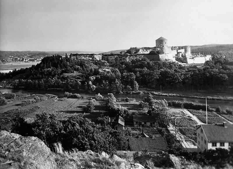 Kungahälla förlorade sin betydelse efter att Bohus slott byggdes